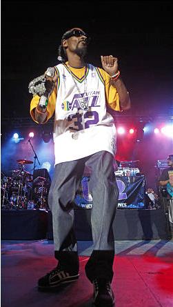 Snoop Dogg sports Karl Malone Jersey at Utah Concert   Salt